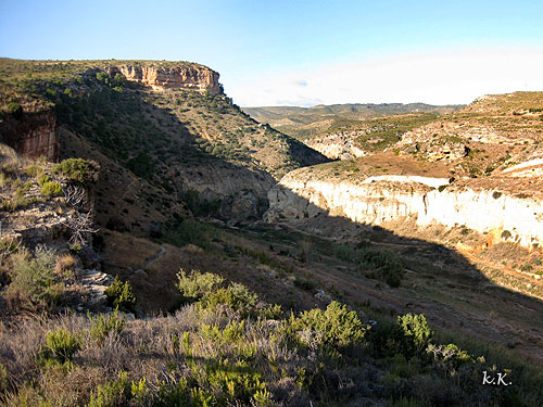 Estrechos Del Rio Martin Teruel Resena - Estrechos